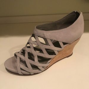 Eileen Fisher tan caged wedge in size 9.